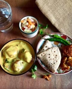 Kadhi Pakodi recipe by PolkaPuffs