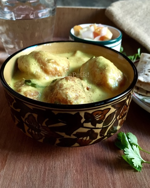 Kadhi Pakodi recipe by PolkaPuffs