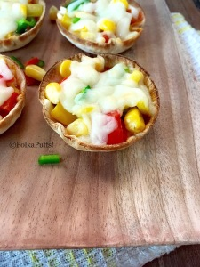 Tortilla pizza cups by PolkaPuffs