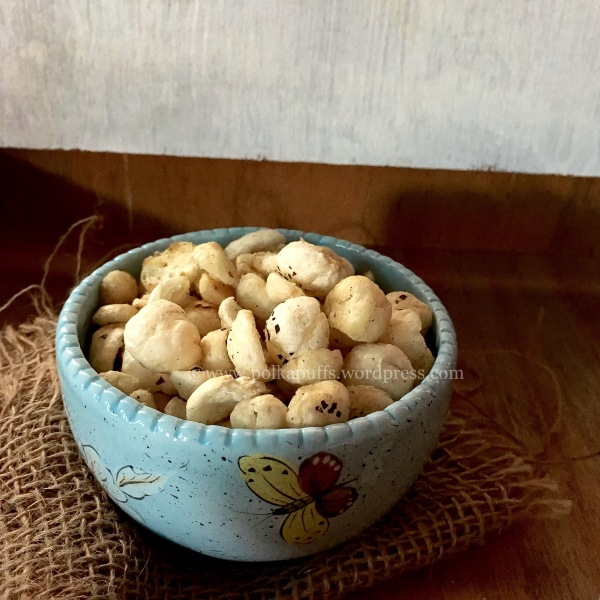 Roasted phool makhane Roasted masala makhane recipe Vrat ka khana PolkaPuffs recipes How to make roasted makhane Foxnuts recipe