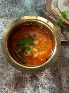 Dahi ke aloo recipe How to make Dahi aloo recipe Polkapuffs recipes
