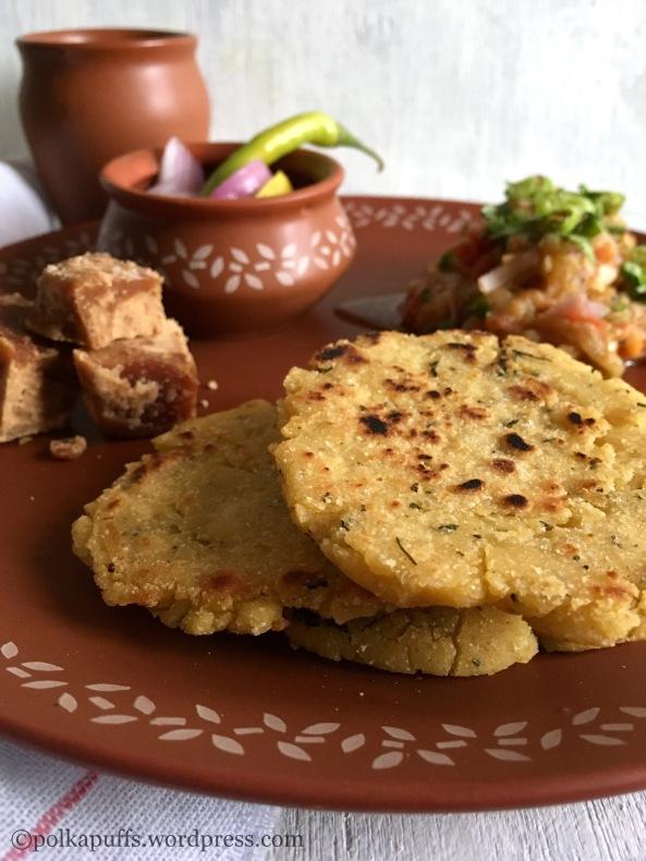 Baigan ka Bharta aur Makke ki Roti |Brinjal Mash with Maize Flour Flatbreads | Glutenfree and Vegan Polkapuffs recipes North Indian recipes Roasted brinjal recipes