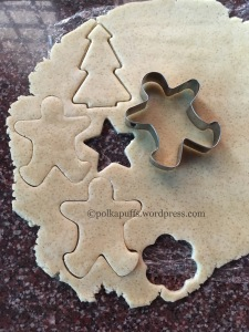 Gingerbread man cookie recipe Eggless no molasses gingerbread cookie recipe How to replace molasses in gingerbread cookie recipe Polkapuffs recipes Christmas baking