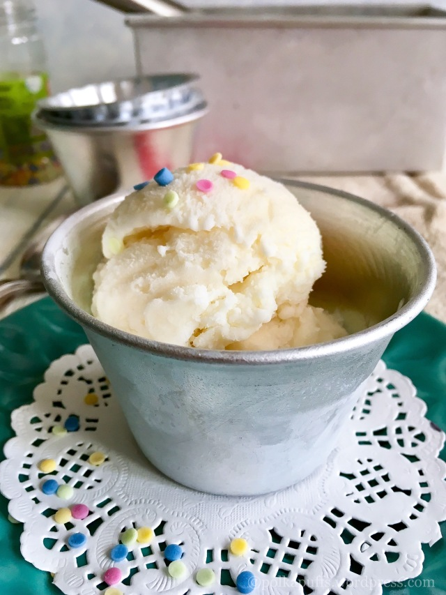 3 Ingredient no Churn Vanilla ice cream How to make vanilla ice cream at home Easy recipe for vanilla ice cream Eggless vanilla ice cream recipe Polkapuffs recipes Shreya tiwari photography